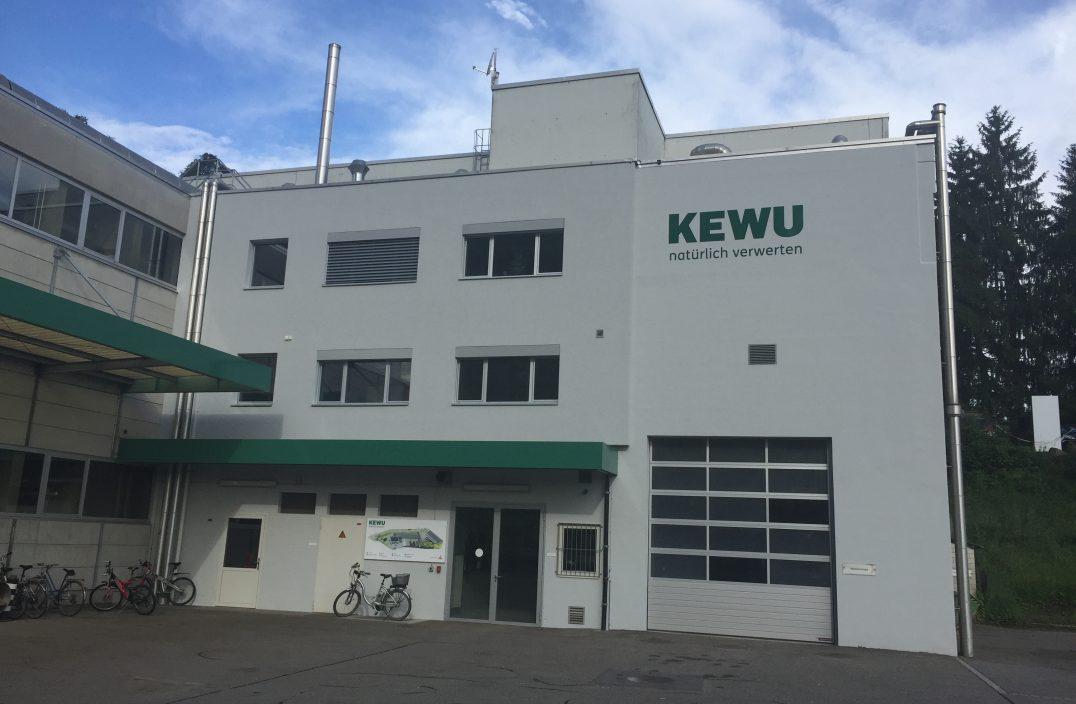 Kewu Fassade neu (1)